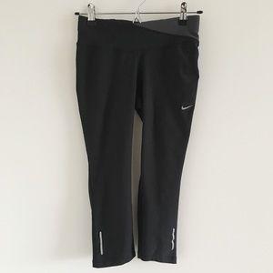 🆕 Nike Dri-Fit Twisty Crop Running Tight Size XS